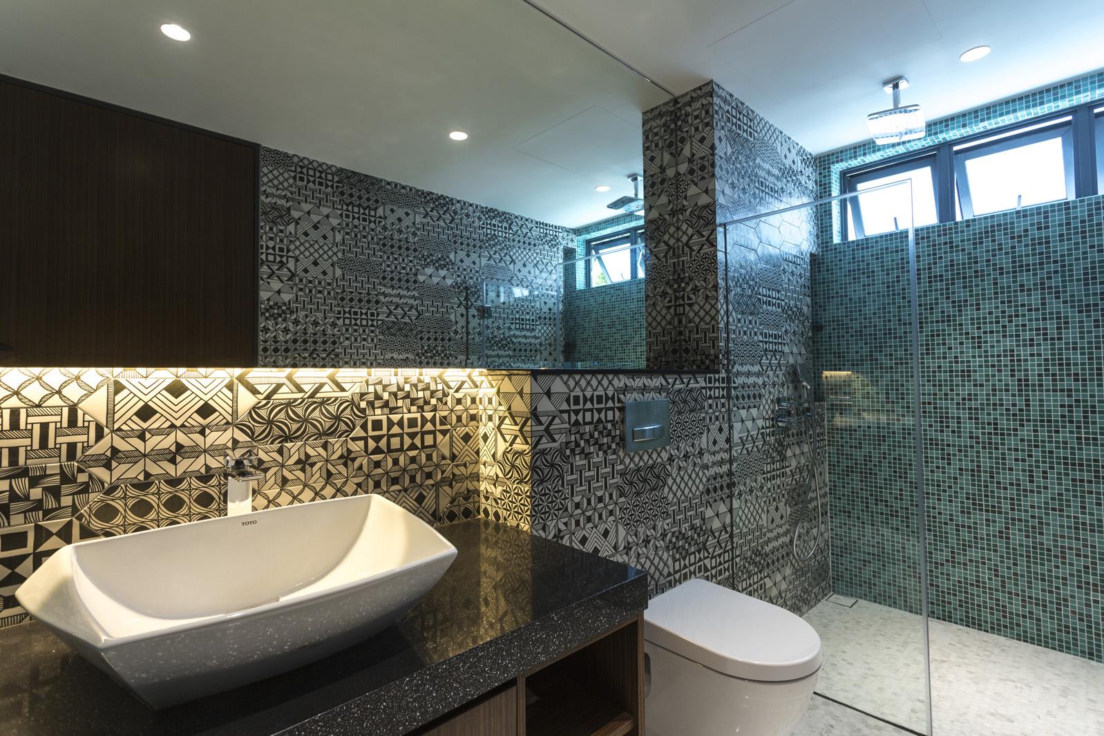 170CRW_bathroom2